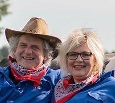 Nieuwe website - Koe-knuffelen-Achterhoek-boerderij-Den-Branderhorst