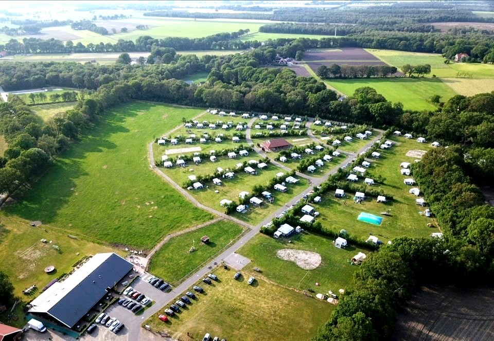 Volle camping (2)