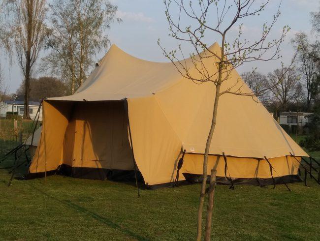 Tent Berber Neede tentverhuur op een camping